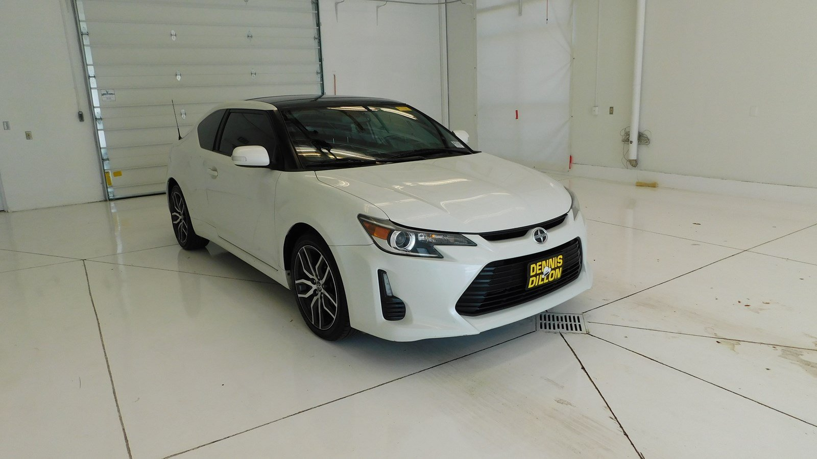 Dennis Dillon Mazda Boise >> Pre Owned 2016 Scion Tc Base Fwd 2dr Car